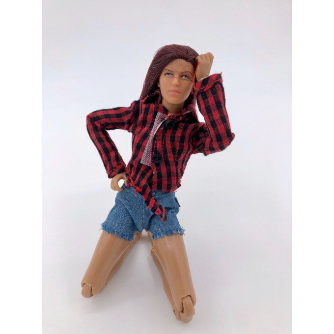 DD8INCH - 8 inch Woman Figure with shirt and short jeans