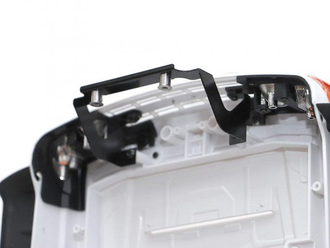 BRLC7069 - Reinforced Front Body Mount for BRX01